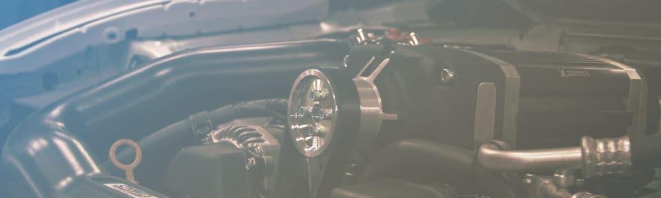 Bilder under panseret til Nordvik fagskole sin Toyota GT86
